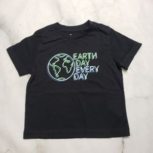 NWT Tucker and Tate Earth Day Everyday tshirt